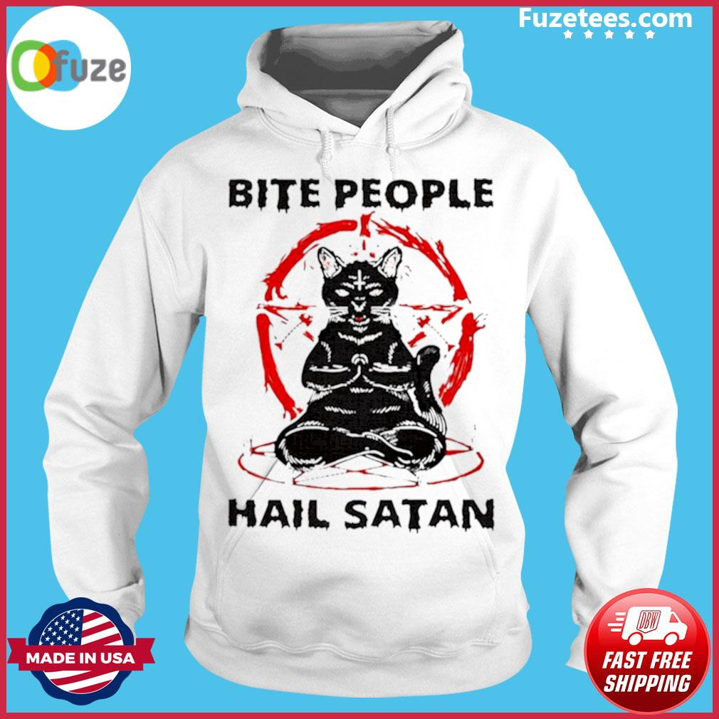 Black cat bite people hail satan s Hoodie