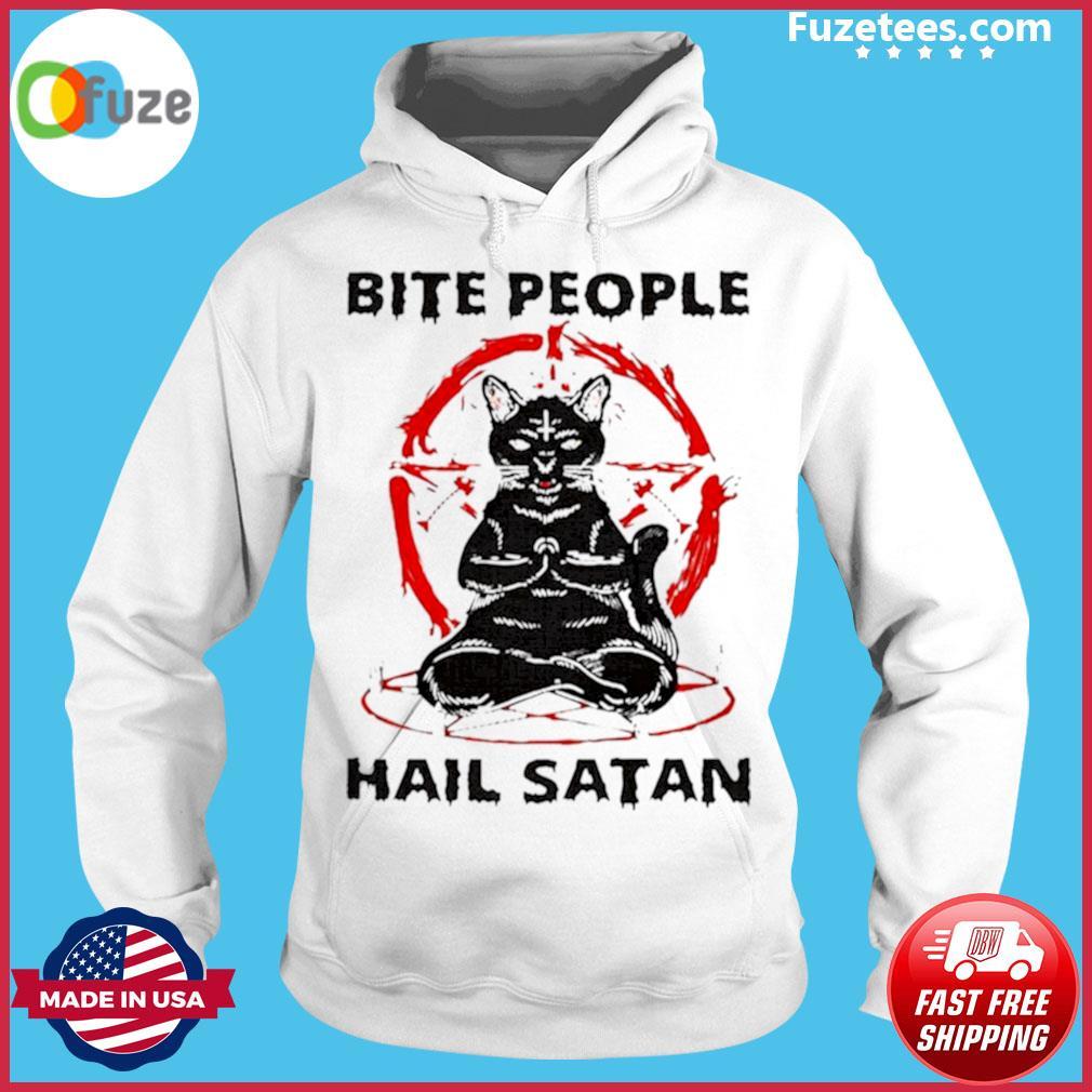 Black cat bite people hail satan s Hoodie